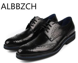 Wholesale New brogue genuine leather dress shoes men wedding shoes mens oxford high grade business office work men blakc red brown