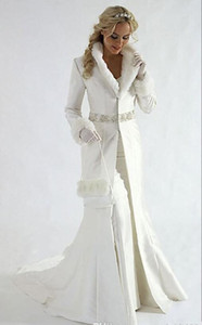 Generous Long Sleeves Bridal Coats Beaded Sequins Sash stain Formal Party Cloak long bride coats Faux Fur Warm bridal Bolero Jacket