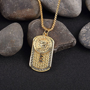 Wholesale Famous Brand Hiphop Style Gold Plated Medusa Charm Necklace Jewelry Hip hop Gold Plated Mens Womens Hip Hop Dog Tag Medusa Pendant Necklace