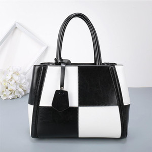 2018 autumn and winter new women's bags, European and American coloring single shoulder leather handbags, fashion female white-collar bags on Sale