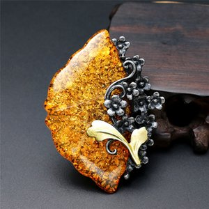 Wholesale New Fashion Brand Elegant fan yellow Resin Brooches for Women Retro Style Stone Brooch Pins christmas gift jewelry