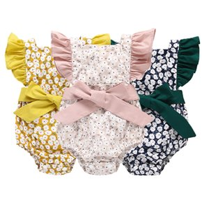 Wholesale Newborn Baby Floral Rompers Flying Sleeve Bow Tie Cotton Floral Printed Jumpsuit Single Buckle Kids Designer Onesies Girls Outfits T