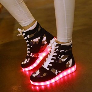 Wholesale Men Women Camouflage Led Sneakers Light Up Flashing Shoes High Top Luminous Shoes