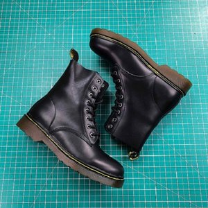 Designer men's martin boots high-end brand lovers shoes retro eight-hole lace-up leather design men's ankle boots designer women's boots