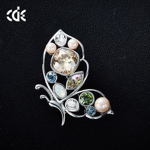 Wholesale Wedding Party beaded pearl gift woman lady diamond jewelry Brooches for bride acting initiation graduation CDE-1287