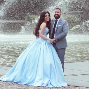 Wholesale 2019 Colorful Arabic Ball Gown Wedding Dresses Sweetheart Sleeveless d Floral Appliques Light Blue Satin Bridal Gowns Sweep Train