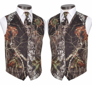 2020 Custom Made Modest Camo Groom Vests Rustic Wedding Vest Tree Trunk Leaves Spring Camouflage Slim Fit Men's Vests 2 Piece Set (Vest+Tie)