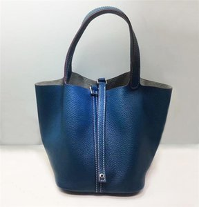 Charm2019 Grain Litchi Head Layer Cowhide Genuine Leather Bucket Menu Blue Handbag Basket Woman Package on Sale
