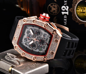 Wholesale 2019 A Men Watches Top Brand Luxury Quartz Watch Men Casual Rubber band Military Waterproof Sport Wristwatch stainless steel relojes