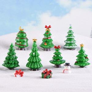 Wholesale 6 pieces Cute Merry Christmas Tree Ornaments Terrarium Accessories Fairy Garden Figurines Doll House Decor Cute
