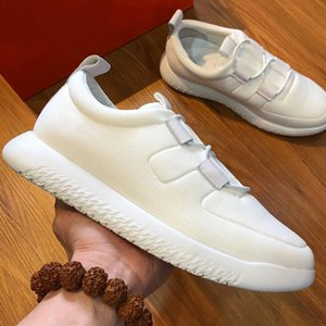 Wholesale Fashion black gray white casual shoes mesh breathable comfortable soft soles sneakers high quality designer shoes for men large size