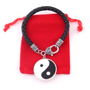 Wholesale yin yang bracelets for sale - Group buy Black White Yin Yang Pentagram Pendant Reversible Double Sided Design Taoist Totem Religious Bracelet