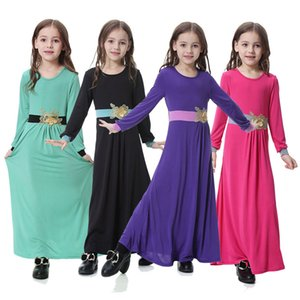 Wholesale Girls Muslim Traditional Dress Design Dubai Malaysia Ramadan Abaya Solid Appliqued Dress Kids Designer Dress Party Outfit T