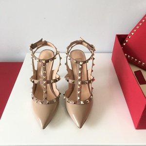 Wholesale Hot Designer Sandals Women High Heels Evening Party Fashion Rivets Girls Sexy Pointed Shoes Dance Wedding Shoes Double Straps Sandals
