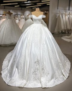 2019 Vintage Lace Appliqued Ball Gown Wedding Dress Luxury Off Shoulder Cheap Princess Plus Size Arabic Bridal Gown