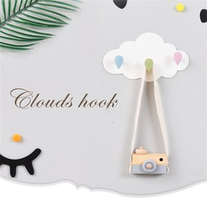 Wholesale Nordic Plastic Cloud Wall mounted Hooks DIY Wooden Hanger Wall Decoration Kids Room Supplies Best Decor Gifts