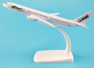 Wholesale 16cm Metal Aircraft Plane Model Air Southern Wire A330 Airlines Airbus Airways Airplane Model w Stand