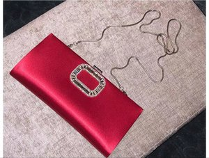 RV 001 high-end silk and satin socialite party evening wear bag in hand hand diamond-encrusted red bridal bridesmaid bag
