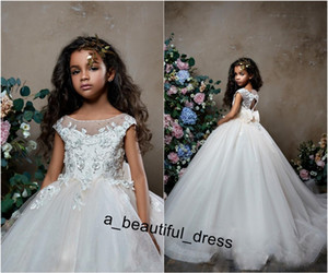 Wholesale sparkly dresses for little girls for sale - Group buy Sparkly Flower Girl Dresses For Weddings Bow Beaded Lace Appliqued Little Kids Baby Gowns Cheap Sweep Train Communion Dress FG1261