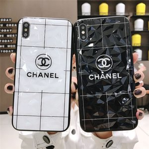Wholesale Designer 2019 New Phone Case for iPhoneXSMAX XR XS 7 8 7p 8p Fashion Brand Popular Phone Case Luxury Back Cover 2 Style