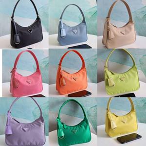 Vintage Designer hobo handbags shoulder bag for women re-edition Chest pack lady Tote chains hand bags presbyopic purse messenger bag