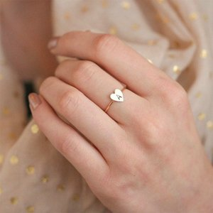 Wholesale OL Style New Heart Shape A Z Letter Rings for Women Gold Color Personalized Ring Finger Female Fashion Jewelry Drop Shipping