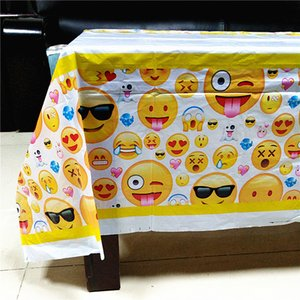Wholesale Smile Face Emoji Tablecloth Christmas Birthday Party Decorations For Home Tablecovers Baby Shower Party Supplies