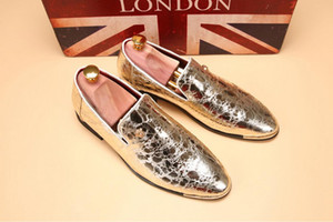 Wholesale NEW popular Men s wedding shoes Mens Patent leather shiny Color matching shoes Unique men casual shoes