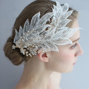 2019 Chic Vintage Bride Lace Leaves Wedding Hair Fascinators Flowers Stunning Bridal Jewelry Accessories Crystals Hair Crown for Bridal on Sale
