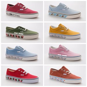 Wholesale New Customer Green Strawberry slip on Old Skool Womens Casual shoes Skate Canvas Shoes Sports fashion luxury Designer Sneakers Trainers