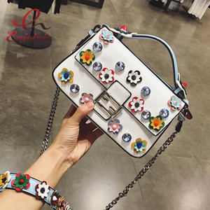 Wholesale High quality fashion flowers rivets diamond stitching color leather ladies shoulder bag across body handbag messenger bag purse