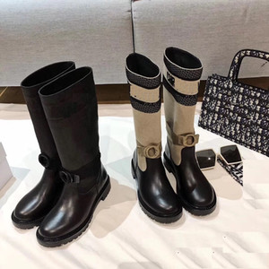 The latest autumn Winter 2020 electronic embroidery matching color letters logo round head middle boot for women
