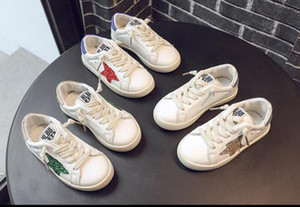 Wholesale 2019 kids white stars shoes for Children Canvas Shoes Boys Little White Shoes Girls Little Bees Leisure Boards shoe