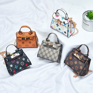 Wholesale New Kids Handbags Fashion Designer baby Mini Purse Shoulder Bags Teenager children Girls Messenger Bags Cute Christmas Gifts