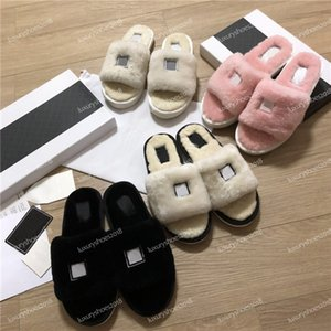Wholesale Top Women Slippers Italy Designers Slides Designer Shoes Loafers Ladies Casual Shoes Leather Sandals Fur Slippers Best Quality