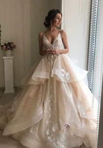 Wholesale New Style Organza Wedding Dress Spaghetti Strap V neck Appliqued Lace Bride Wedding Gowns