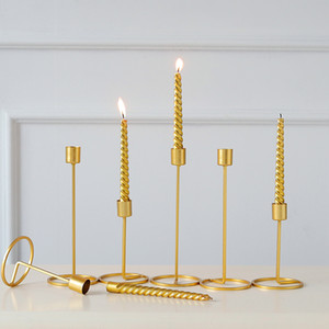Wholesale Single head Wrought iron Candlestick Stand Wedding Dinning Table Decorative Candle Holder Golden Candlelight Dinner Candle Holder Ornament