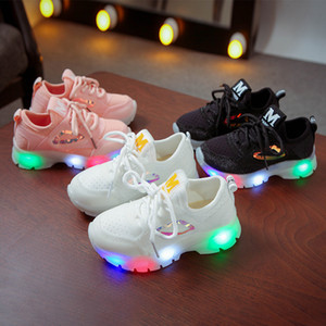 Wholesale Autumn Girl Light Woman Girls Fashion Sport Shoes Kids Shoes Flashing Baby In Children Soft Bottom Bring Light Shoes