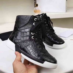 Wholesale 2019 Hot Super Star Designer Women s Leisure Shoes Luxury New sneakers Shoes Synchronized Fashion CC sneakers Leisure Shoes