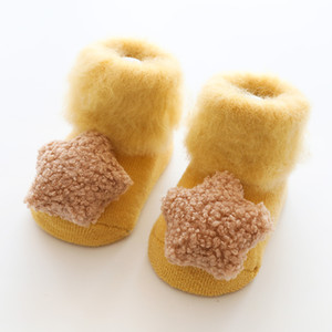 Wholesale Toddler First Walkers socks winter warm sock shoes with fur baby booties solid Newborn baby shoes