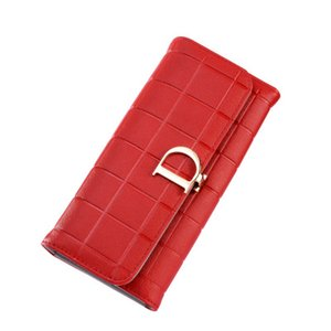 2019 European and American style new lady purse long fashion simple pure color with D button business romantic wallet