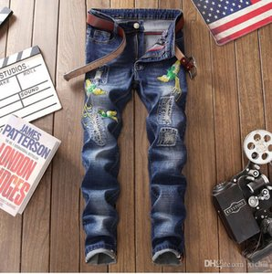 Wholesale Men Distressed Embroidery Dark Blue Jeans Slim Fit Designer Straight Leg scratched Biker Bleached Denim Pants Streetwear