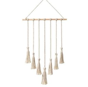 Wholesale Hanging Photo Display Macrame Wall Hanging Pictures Organizer Home Decor, with 25 Wood Clips