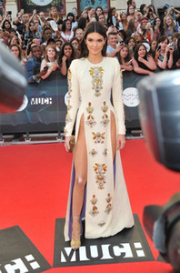 Wholesale Sexy Evening Dress Kylie Jenner Ivory Long Sleeve High Split Crystal Yousef Aljasmi Kim Kardahisn Zuhair Murad Party Celebrity Dress