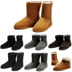 Wholesale 2020 Australia winter snow boots Classic Short Half Mini Ankle Knee men boot Black Chestnut Grey Brown mens booties zapatos shoes