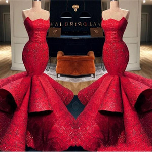 Arabic Red Mermaid Evening Dresses 2020 Runway Strapless Backless Ruched Satin Prom Gowns Lace Appliques Sequins Pageant Party Dress AL3972