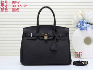 2019 Hot Sell Newest Classic Fashion Style Lady Shoulder handbag women's Totes leather handbags come with tag and dust bag Drop shipping T04 on Sale