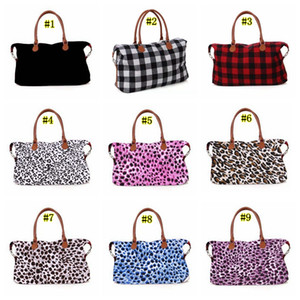 Wholesale Large Capacity Sports Yoga Fitness Bag Comfortable Big Plaid Duffel Bags Travel Handbags Protable Checkered Luggage Bag MMA1972