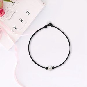 Wholesale 2019 Simple Imitation Pearl Necklace Chic Single Black Leather Line Jewelry