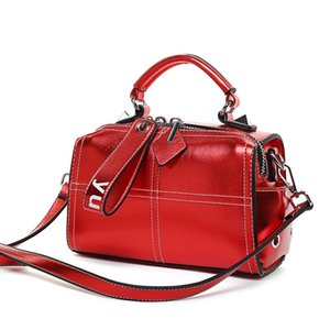 Wholesale Red blue green bag woman fashion European and American small square bag zipper compound cowhide single shoulder handbag lady